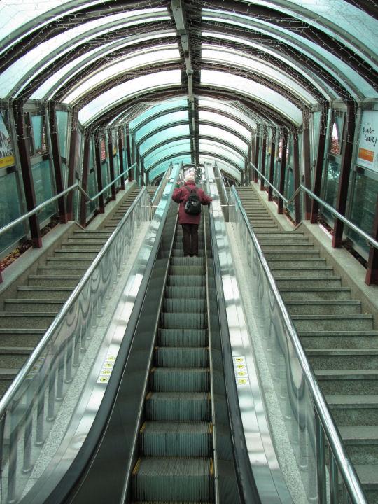 龍頭山公園電動樓梯
