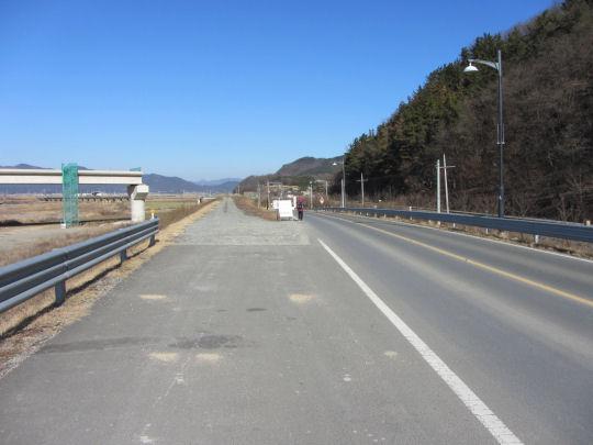 良洞村正大興土木和修建公路