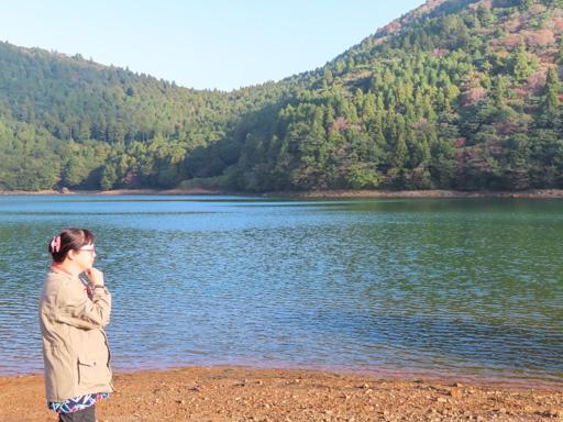 雲仙温泉 おしどりの池 ( 別名: 鴛鴦の池  / Oshidori Lake)