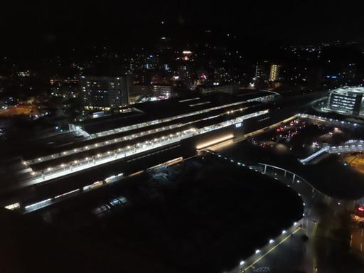 東橫INN 熊本站前 房間窗外夜色