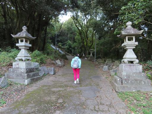 熊本市‧本妙寺‧清正公御銅像参道