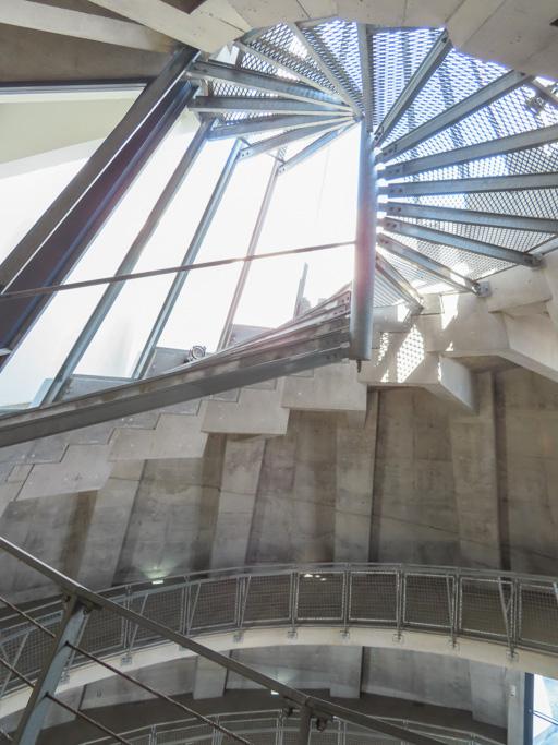 熊本三角港‧海之金字塔 內部