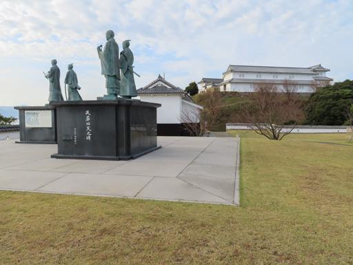 天草諸島‧苓北町 富岡城跡 二之丸 銅像
