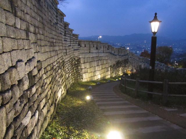 駱山公園 首爾城郭夜色