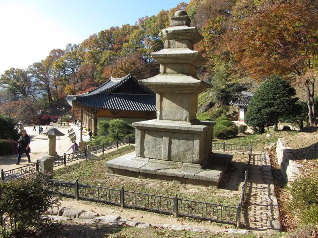 韓國榮州浮石寺 應真殿、慈忍堂登山路入口