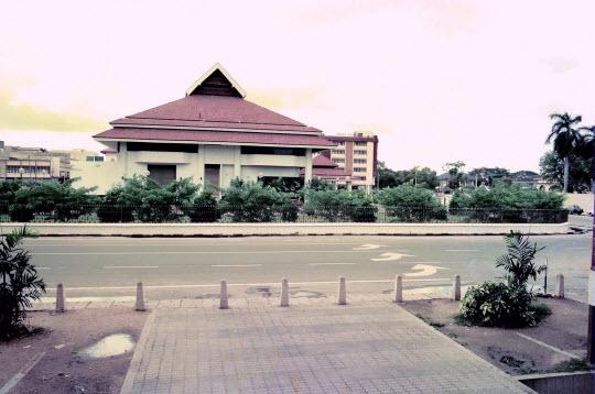Kota Bharu – 馬來西亞東岸北面邊陲市鎮
