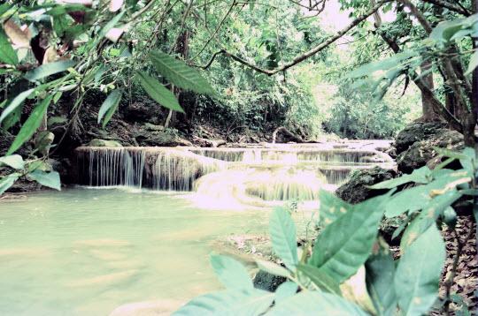 泰國 北碧府 Erawan Waterfall 瀑布