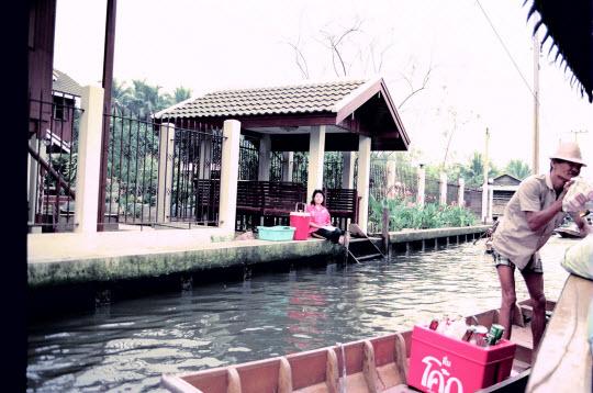 泰國曼谷水上市場 (Thonburi Floating Market)