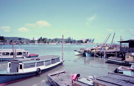 馬來西亞東岸市鎮 Mersing 漁港
