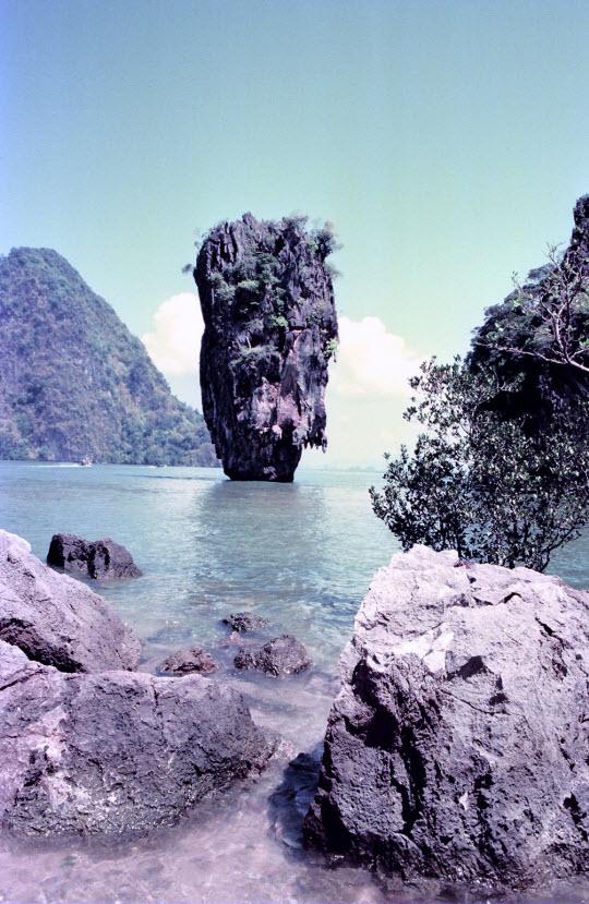 泰國布吉島攀牙灣占士邦島