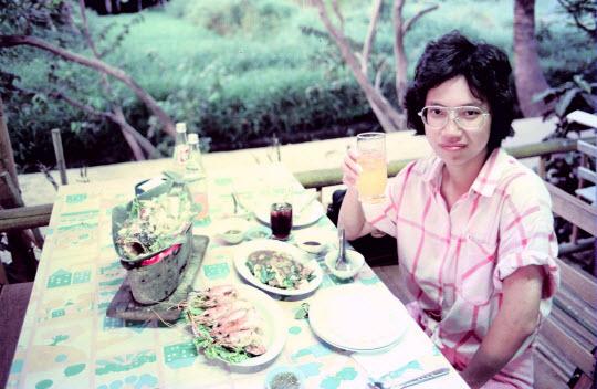 泰國彿統府Phutthamonthon 餐廳