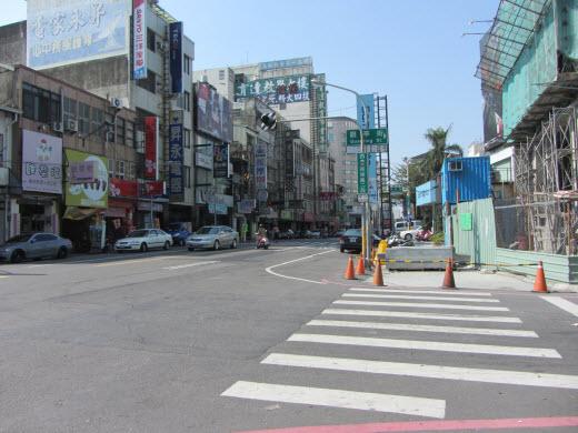 台南民族路二段