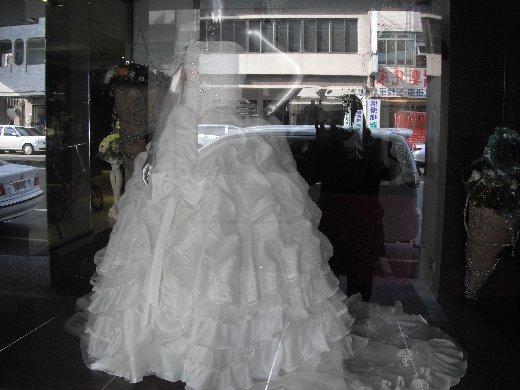 台南民生路一段 婚紗店街