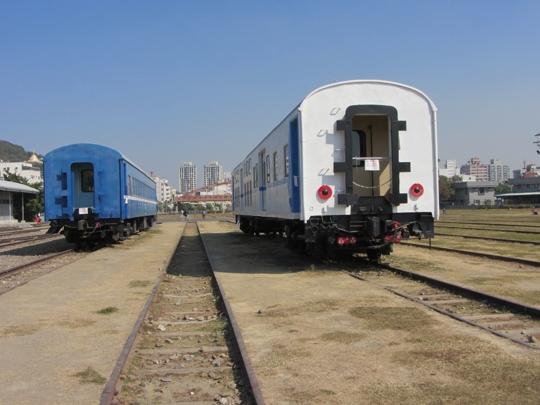 高雄鐵道文化園區 退役火車展示