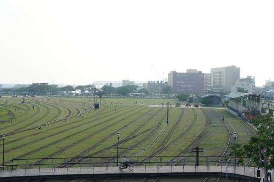 kaohsiung-hamasen-railway-cultural-park-01