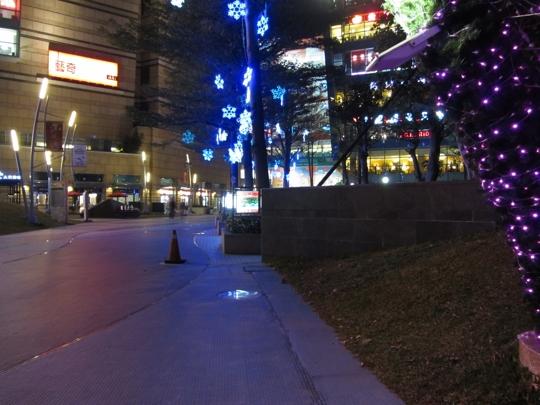 高雄夢時代購物中心入口