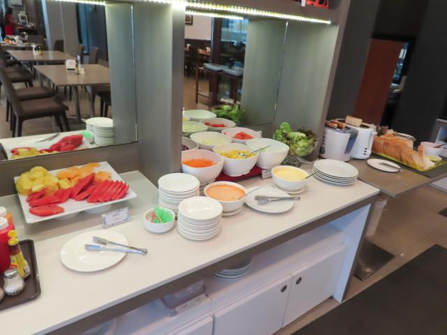 呵叻 Leosor Hotel 餐廳及早餐