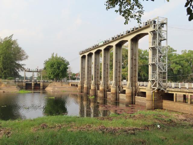 碧邁水壩 (Phimai Dam)