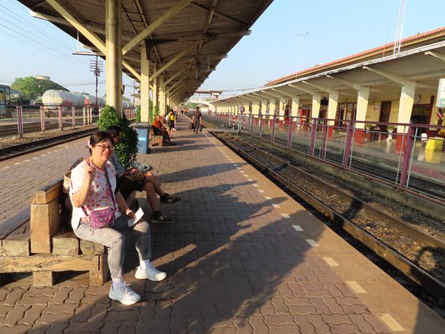 呵叻火車站月台