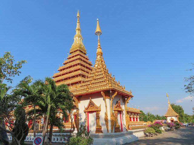 孔敬大湖公園 農威寺 (Wat Nong Wang)