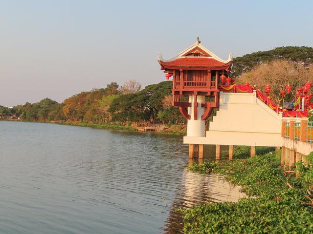 孔敬大湖公園 一柱寺