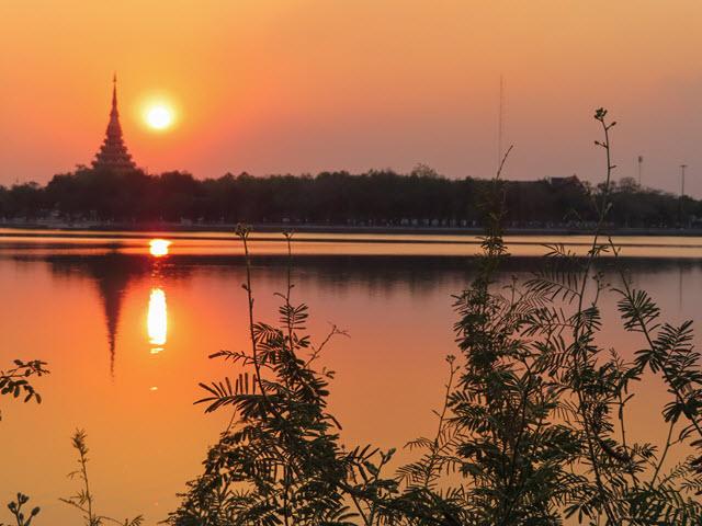 孔敬大湖公園 黃昏日落景色