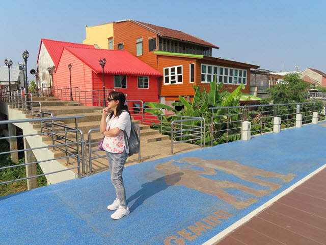 那空拍儂 (Nakhon Phanom) 湄公河畔