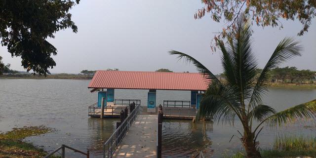 Sakon Nakhon Nong Han 湖 NONG HAN VIEW POINT