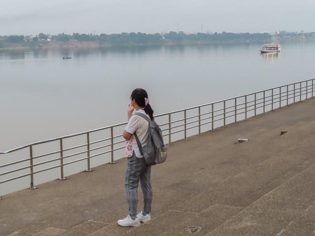 那空拍儂 Nakhon Phanom 湄公河遊覽船
