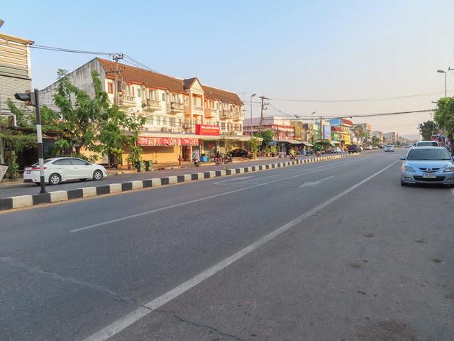 穆達漢塔 (Mukdahan Tower) 步行返酒店