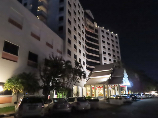 穆達漢 (Mukdahan) 普洛伊宮飯店 (Ploy Palace Hotel)