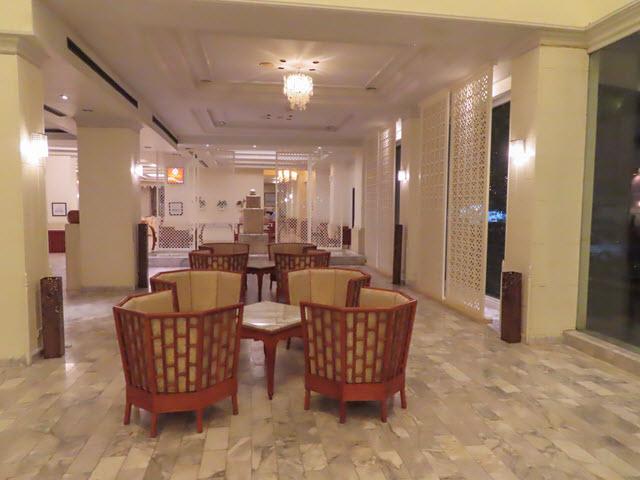 穆達漢 (Mukdahan) 普洛伊宮飯店 (Ploy Palace Hotel) 服務大堂