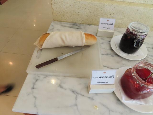 穆達漢 (Mukdahan) Ploy Palace Hotel (普洛伊宮飯店) 餐廳早餐