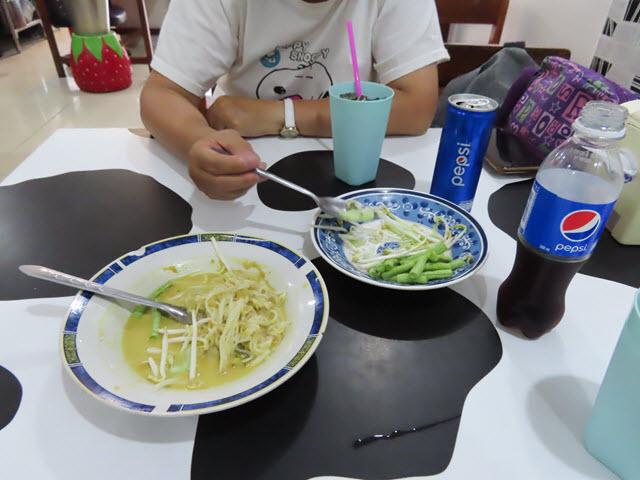 穆達漢市 ร้านเดือนนมสด 餐廳