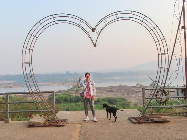 Khong Chiam 湄公河 Khong Chiam Rim Khong Public Park 早上景色