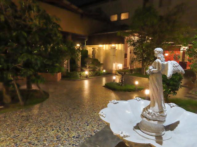 烏汶市 Ubon Ratchathani Nartsiri Residence 酒店