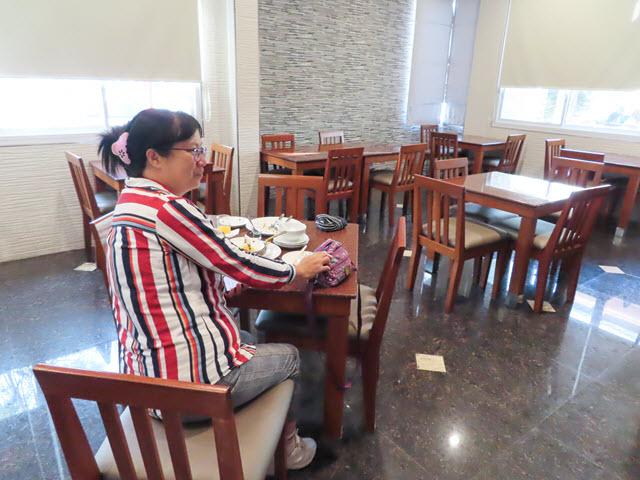 烏汶 Nartsiri Residence 自助早餐