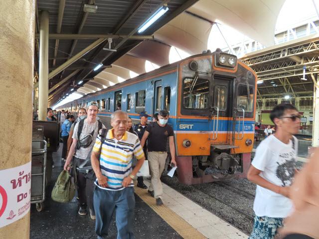 曼谷火車站(曼谷華藍蓬火車站)
