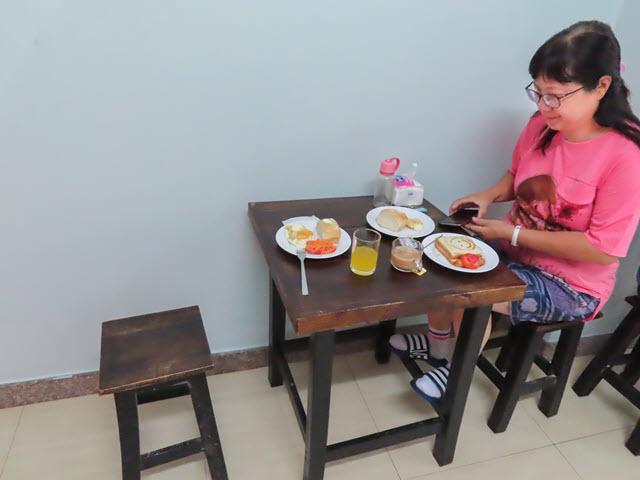 曼谷 U&D Guest House 早餐