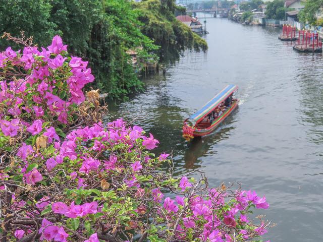 曼谷 Anuthin Sawad Bridge 遙運河風光