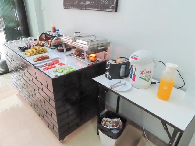 曼谷 U and D Guest House 午餐