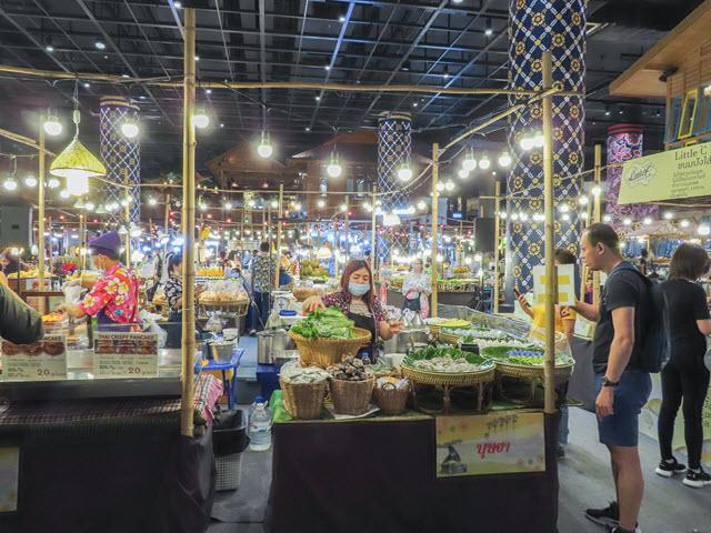 ICONSIAM 水上市場美食廣場