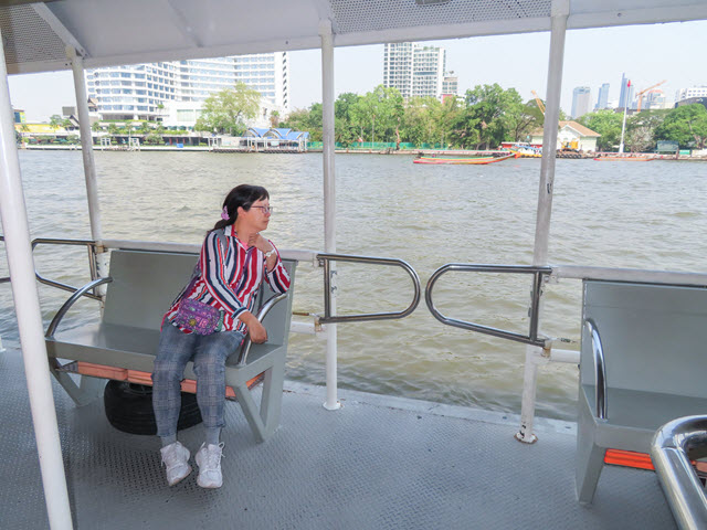 曼谷ICONSIAM 乘接駁船往 Si Phraya Ferry Boat 碼頭